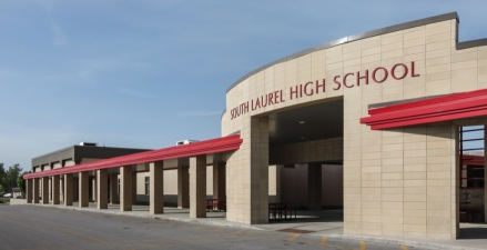 Sherman Carter Barnhart's design solution linked South Laurel Middle and High School, dramatically renovated the interior spaces as well as improve the overall energy efficiency of the schools.