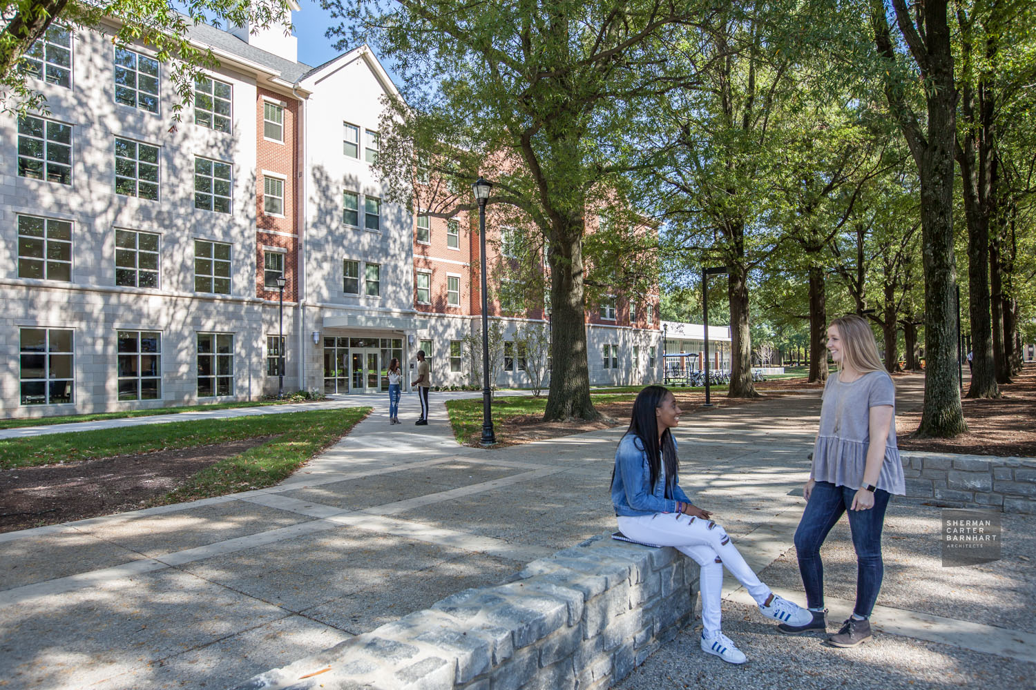 Outdoor gathering area steps from Lewis Honors College